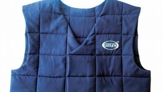 Cooline Personal Evaporative Cooling Vest With Images Cooling