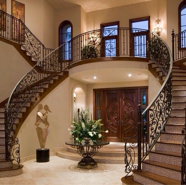 Elegant And Neutral Christmas Foyer: Beautiful Foyer With Double Stairs.