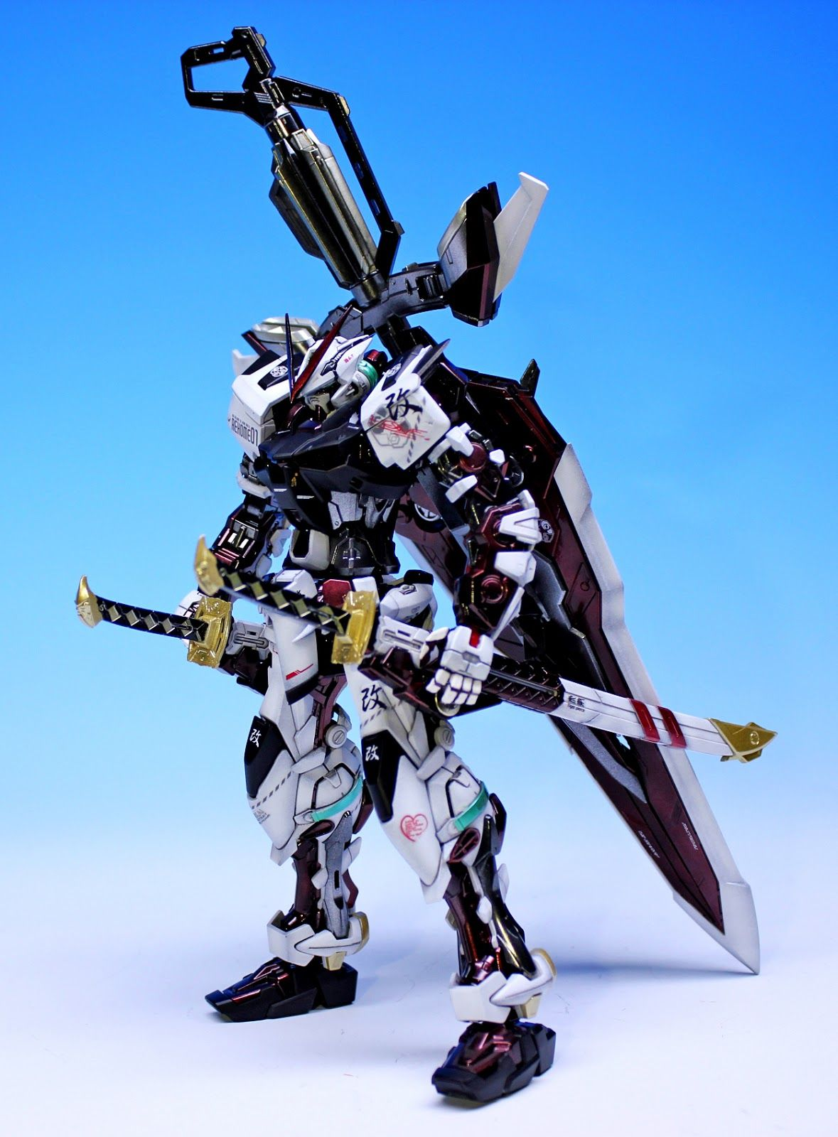 MG 1/100 Astray Red Frame - Painted Build