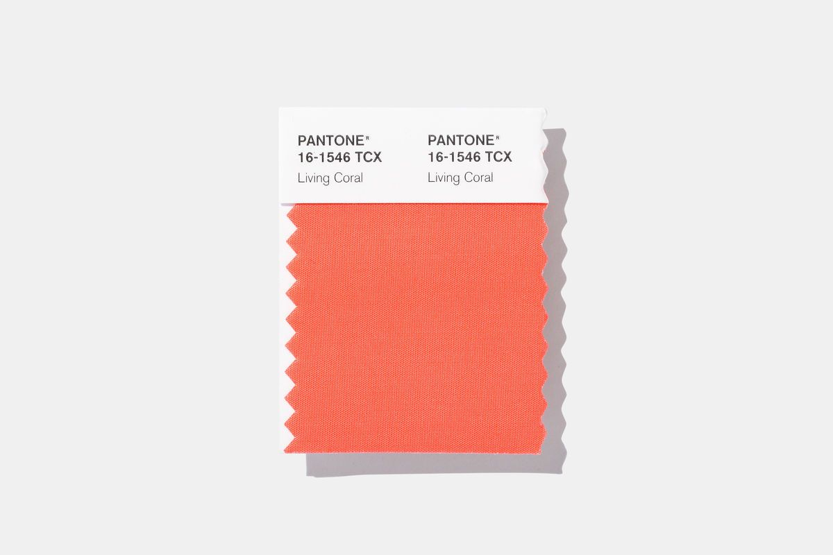 a brief history of living coral pantone s color the year live trends fashion 2394 c pale gold