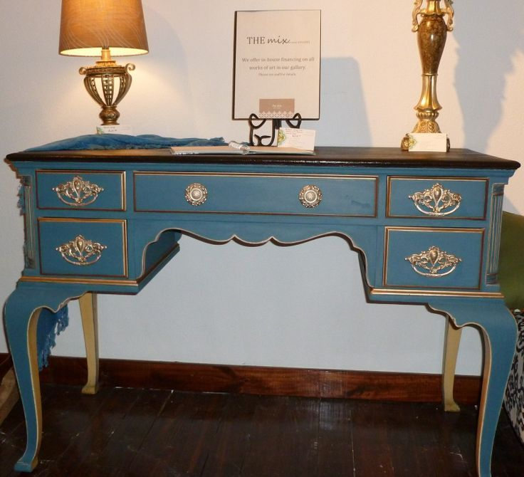 Queen Anne Painted Desk Desk With Queen Anne Legs Was All Yellow