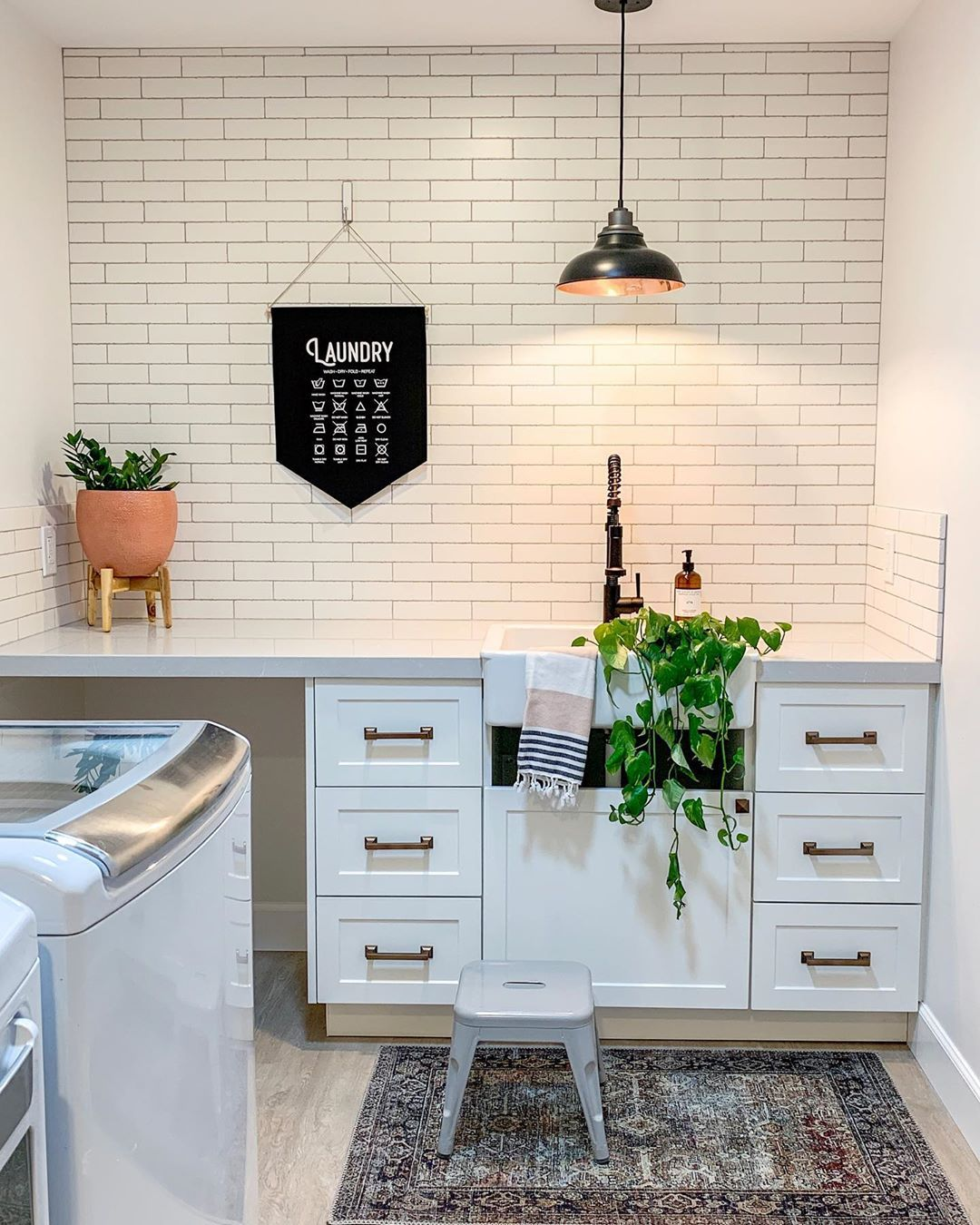 Free Room Design: Simple Cute Laundry Room Decor @1111lightlane! Click The