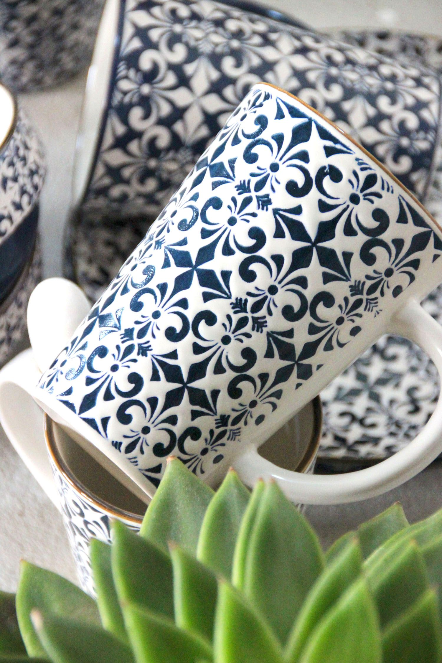 Mugs aux motifs orientaux et vaisselle ethnique trouvez votre bonheur chez icd collections - Grossiste en vaisselle de table ...