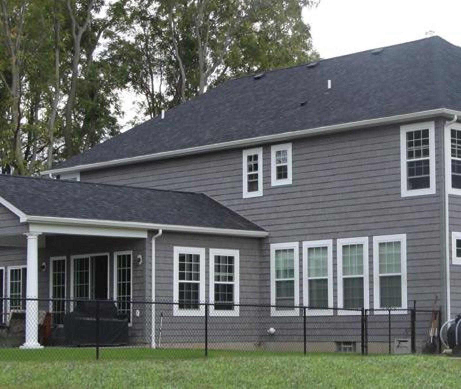 This listing is for 7 staggered shake vinyl siding they for Siding square