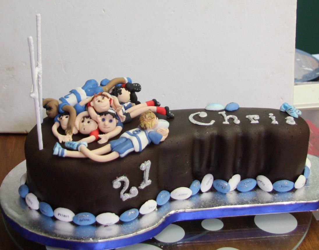 21st male cake football players & 21st male cake football players | Masens birthday | Pinterest ...