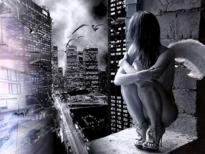 Не боюсь на земле ничего, в задыханьях тяжёлых бледнея ...
