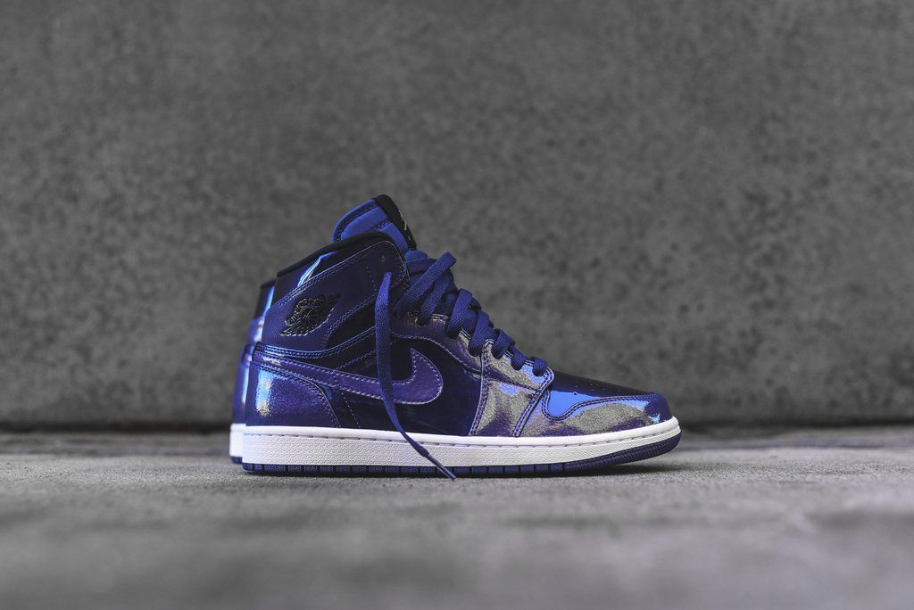 Nike Air Jordan 1 Retro High GS - Deep Royal  cfbf52641