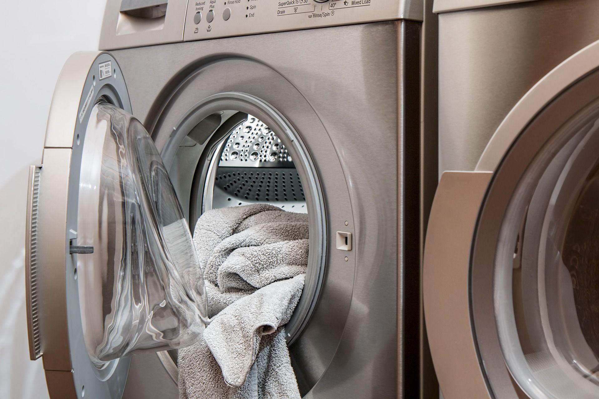 Washing machine and towel