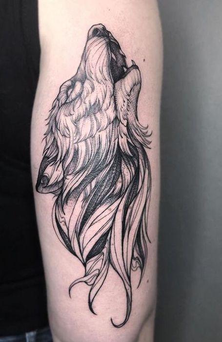 25 Wild Wolf Tattoos for Men -  Howling Wolf Tattoo  - #catnoir #frozenelsa #hiptatto #men #miraculousladybug #Onward #SpongeBob #tattohand #tattoos #wavetatto #Wild #wolf #wolftatto #WonderPark