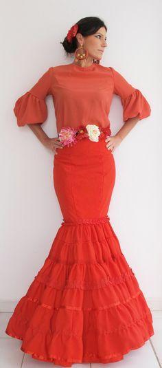 35134131f Falda y blusa de flamenca | Flamenco | Trajes de flamenco, Camisas ...