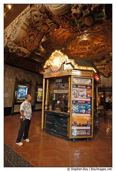 Box Office At El Capitan Theater With Images California Dreaming California El Capitan