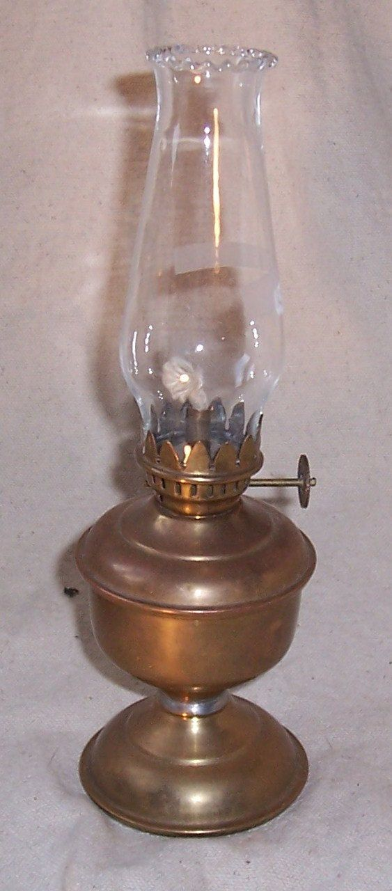 Very Small Antique Br Oil Lamp By Buffsemporium On Etsy 14 00