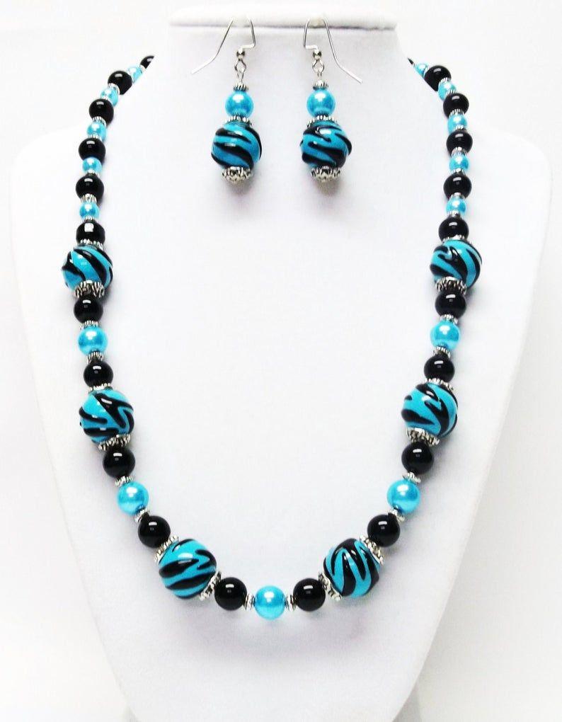 Turquesa con negro lámpara-trabajo cristal collar & pendientes conjunto