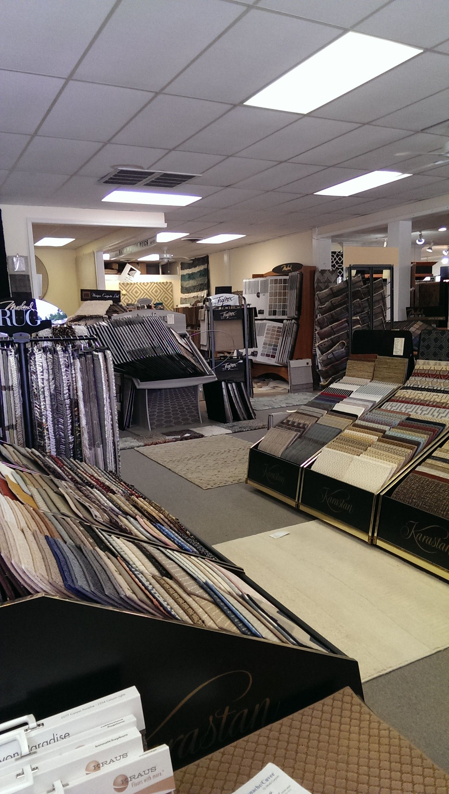 Patterned And Printed Carpet Made From Stainresistant Nylon - Budget floor store okc