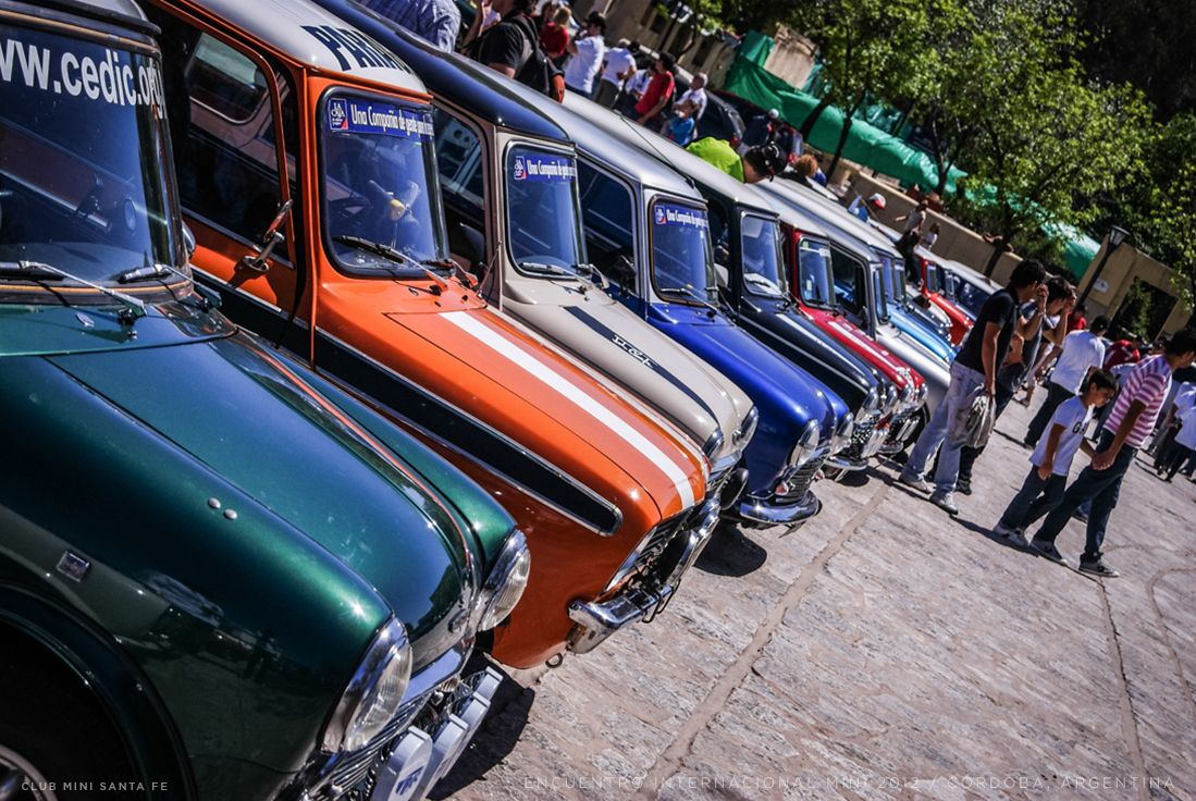 A Classic Mini meet in Cordoba. Classic mini, Mini
