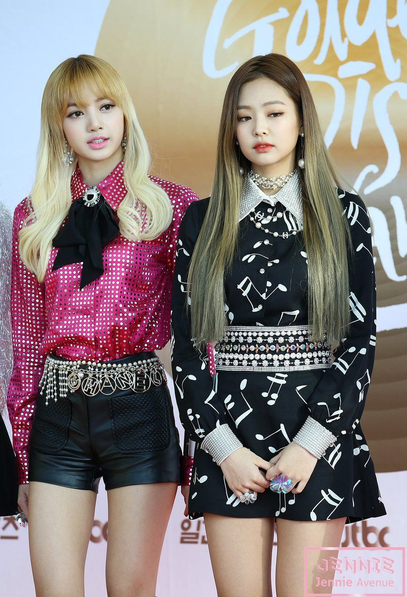 Jennie Avenue On In 2019 Spring Outfits Blackpink Blackpink