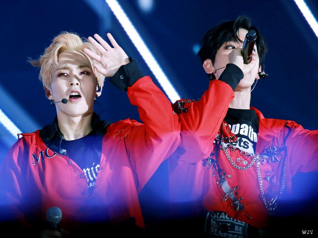 """160618 ❣ Suwon K-pop Concert © 교감 """