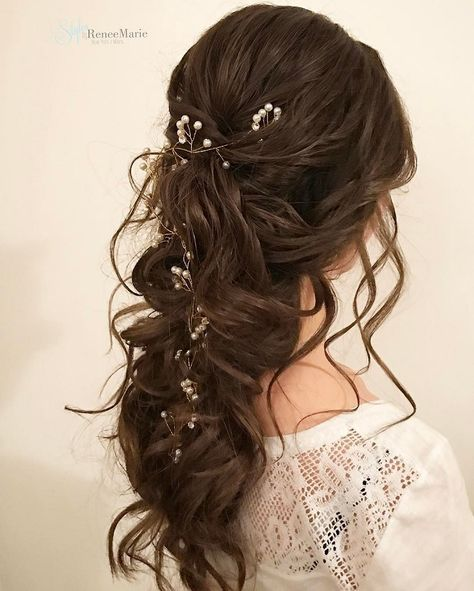 Half up half down bridal hairstyle Get inspired by fabulous wedding hairstyles #softcurls