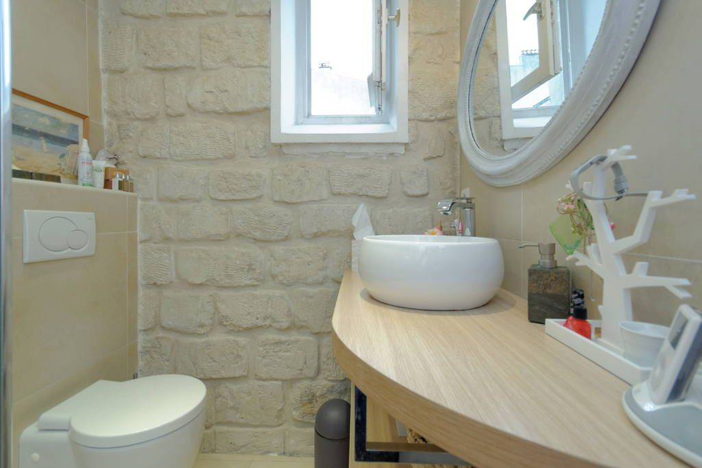 Ganhe uma noite no La Pompadour - Apartamentos para Alugar em Saint-Mandé no Airbnb!