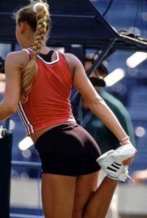 Tennis Butts 39 Pics  Anna Kournikova, Female Athletes -1420