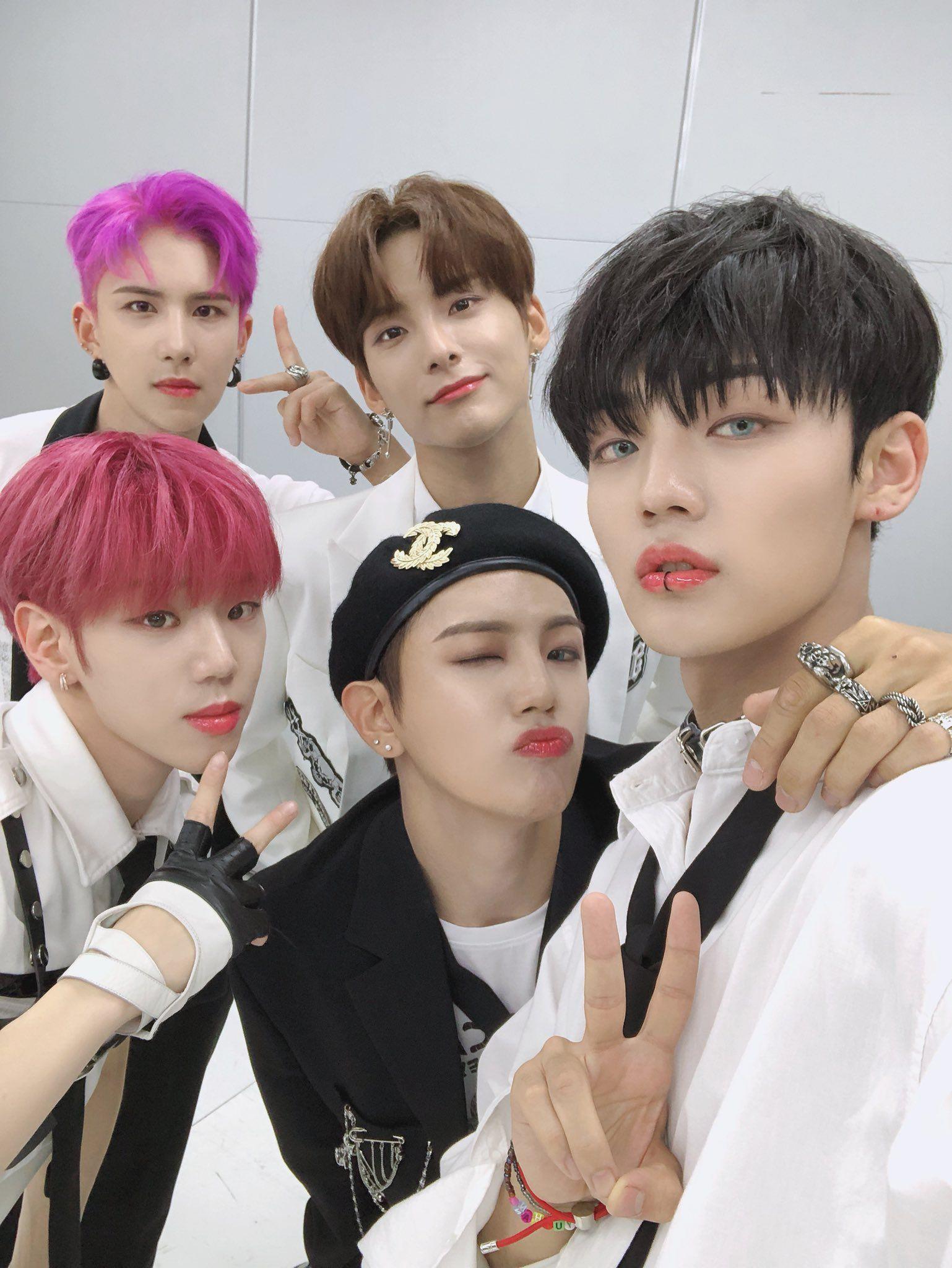 Jpop Idols In 2020 Ace Boy Groups Kpop Groups