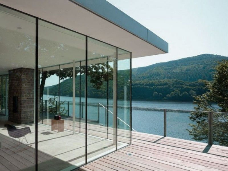 Glass Wall House Designs Glass Walls Of Lake House Design Offer