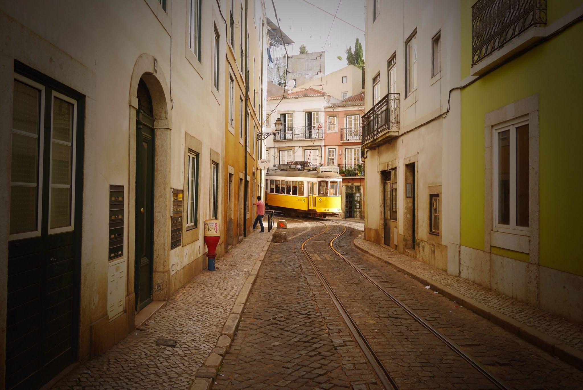 Lisbonne, quartier de l'alfama. Photo prise par Valérie Coutrot.