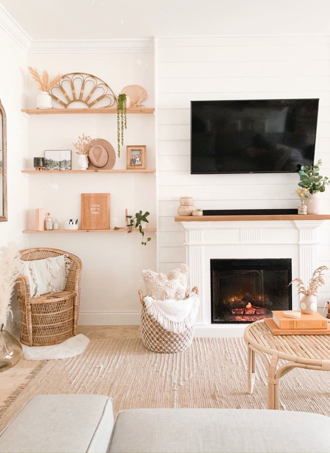 10+ Top Pictures Of Living Room Fireplaces