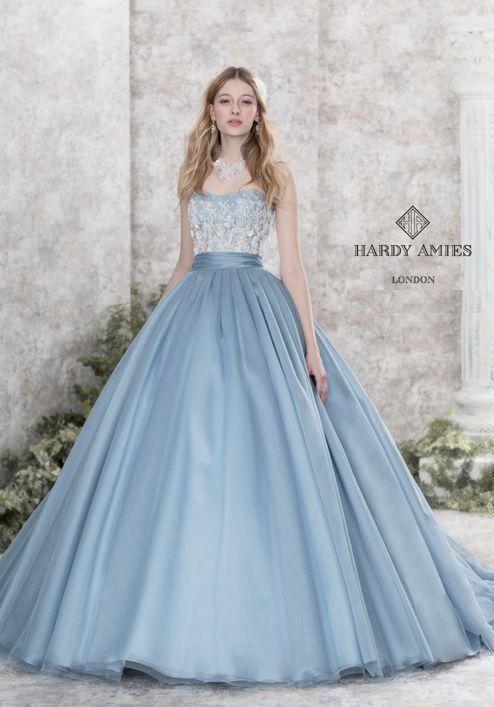 21f5d79f3b81 Пин от пользователя asn на доске ウェディング   Pinterest   Платья, Вечерние  платья и Свадебные платья