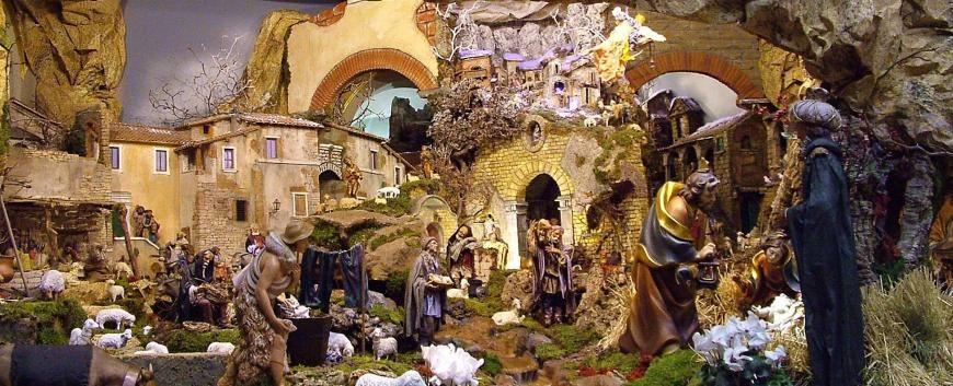 La Grotta Di Babbo Natale.Presepe Grotta Di Babbo Natale Navidad