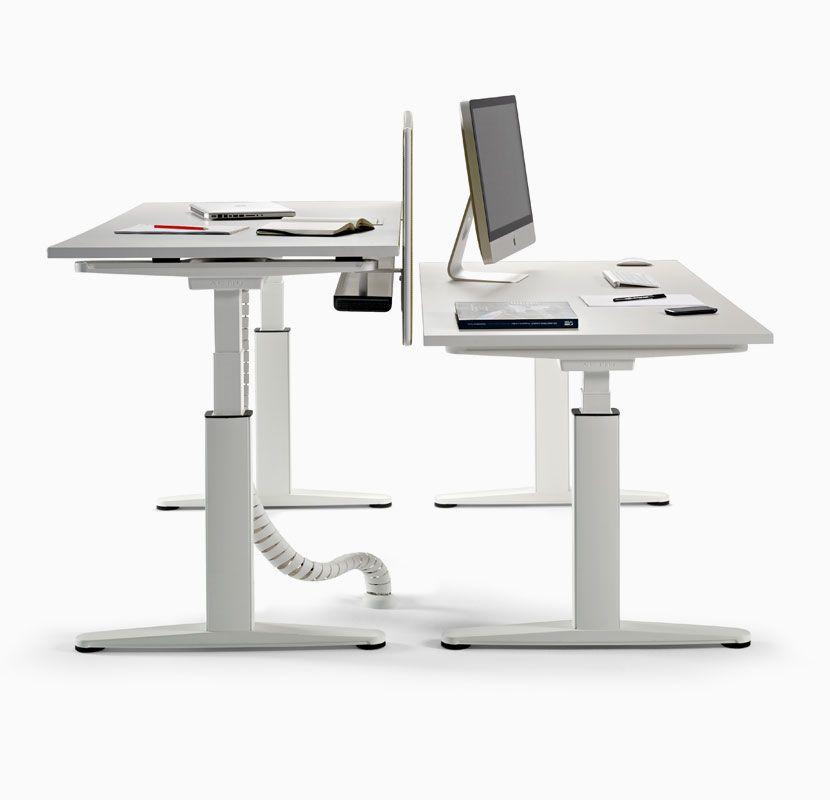 Mobility es un programa de mesas elevables para oficina for Programa para disenar oficinas