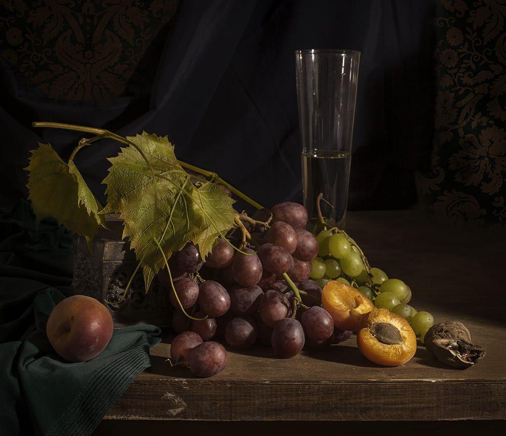 решение фотонатюрморты с виноградом очень