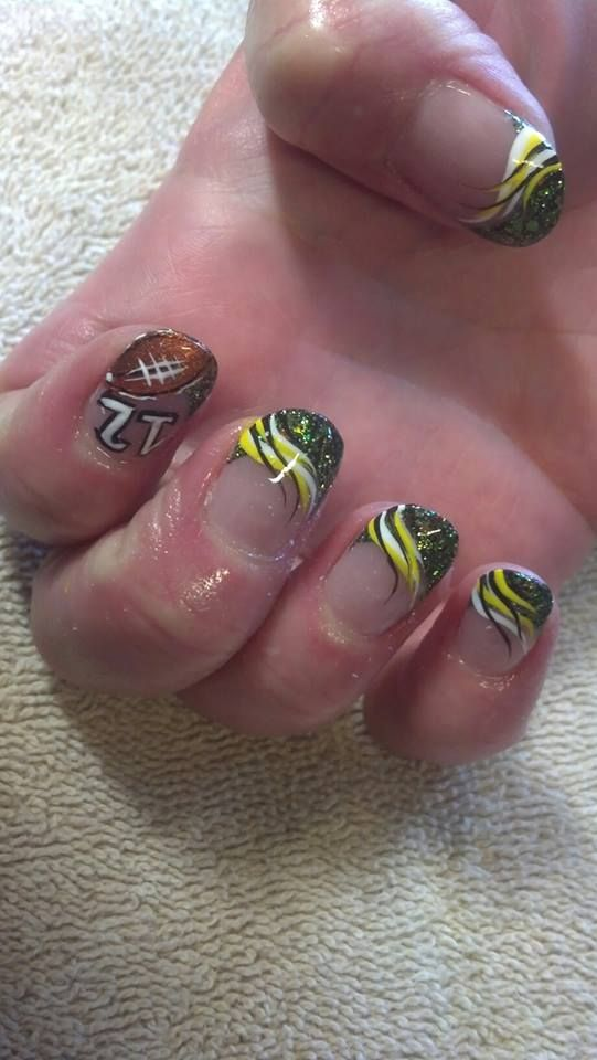 Green Bay Flare Nail Art with Glitter Tips | green bay packers ...