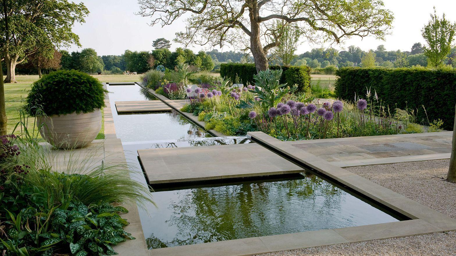 East Gloucestershire Garden In 2020 Water Features In The Garden Garden Design Modern Garden