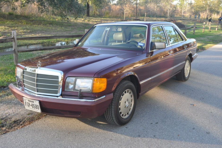 No Reserve 1990 Mercedes Benz 300se In 2020 Mercedes Benz Benz Mercedes
