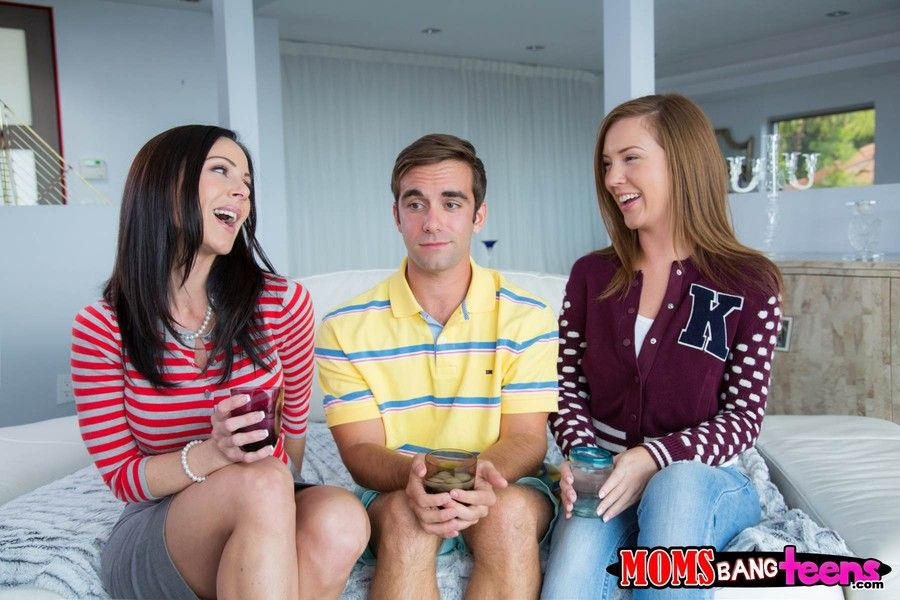 Milf Kendra Lust And Maddy Oreilly In Moms