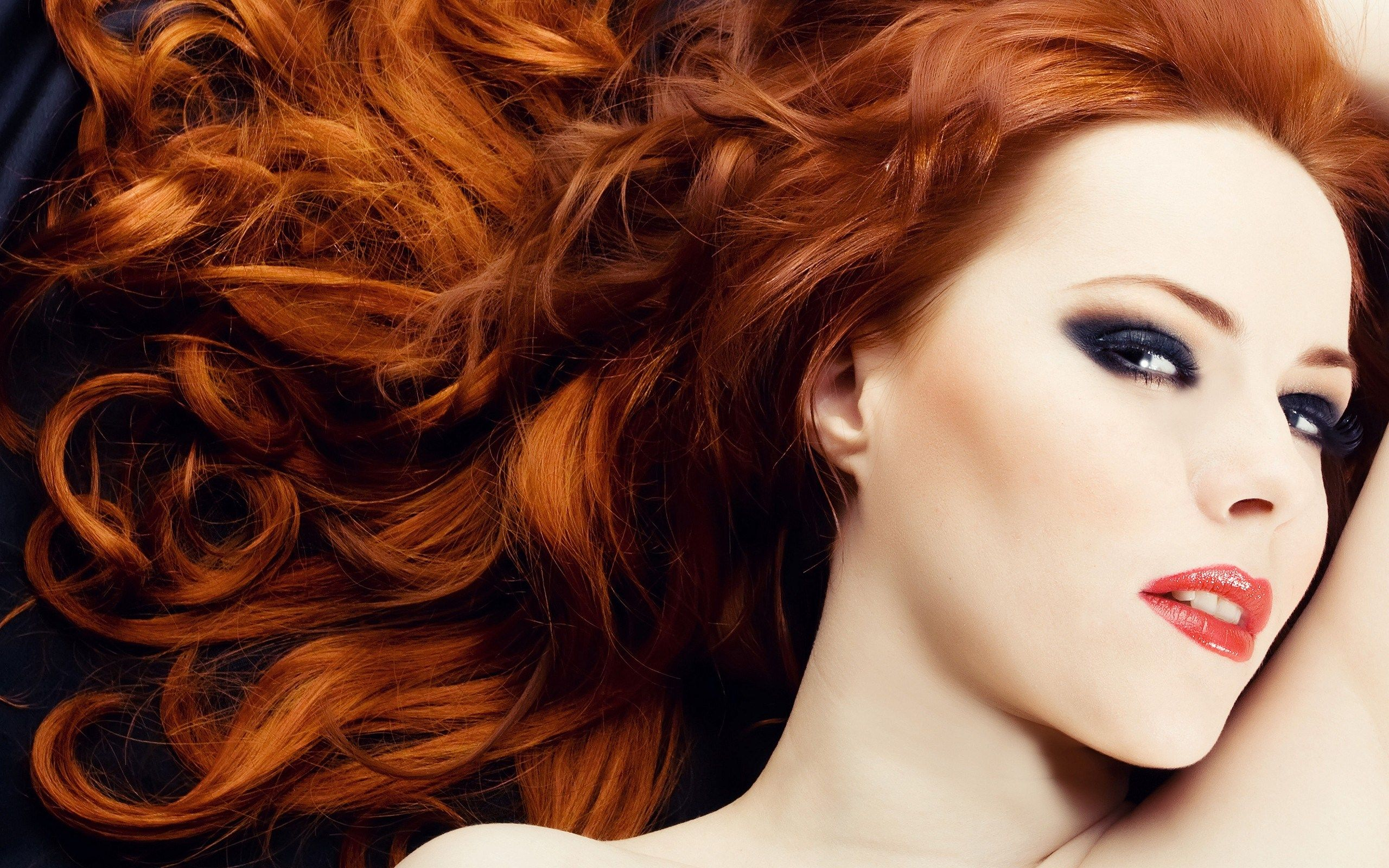 Redhead Woman Portrait Long Curly Hair HD Wallpaper