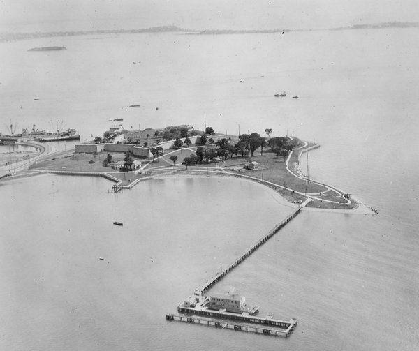 Pin By Sarah Sundin On Novel When Tides Turn Boston History Castle South Boston
