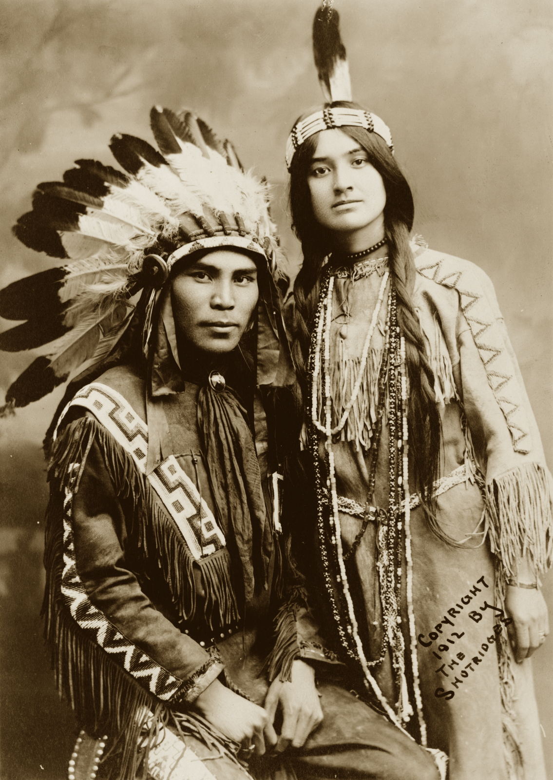 Native North American Couple Situwuka And Katkwachsnea 1912 Native North Americans Native American Photos Native American Tribes