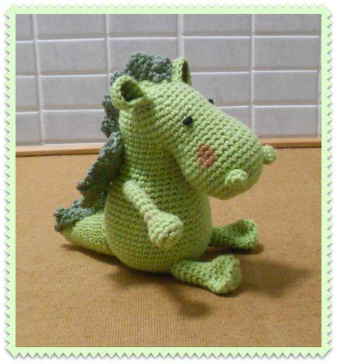 amigurumi dragón - patrón gratis   Dinosaurios y dragones amigurumis ...
