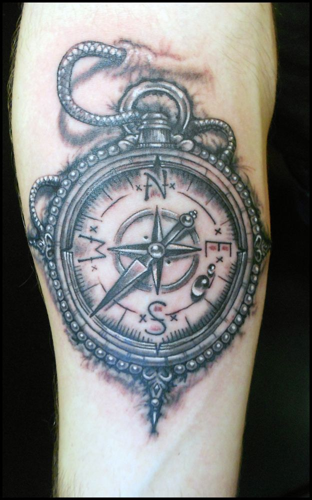 amazing compass tattoo in 3d lugares a visitar pinterest compass tattoo d tattoo and compass. Black Bedroom Furniture Sets. Home Design Ideas
