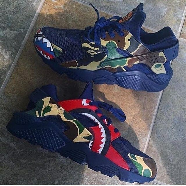BAPE X NIKE AIR HUARACHE CUSTOM SHOES