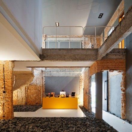 The office of Casa Rex, a design studio in San Paolo /// L'ufficio di Casa Rex, uno studio di design a San Paolo • Project Casa Rex