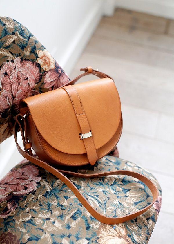 Sézane - Claude Messenger Bag