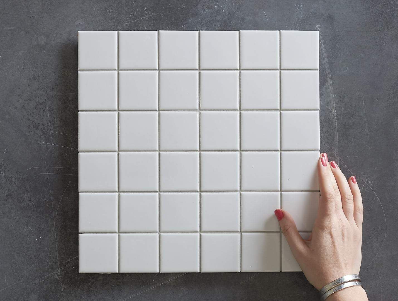 Haddon White Gloss Medium Square Tile No Tiles White Tiles