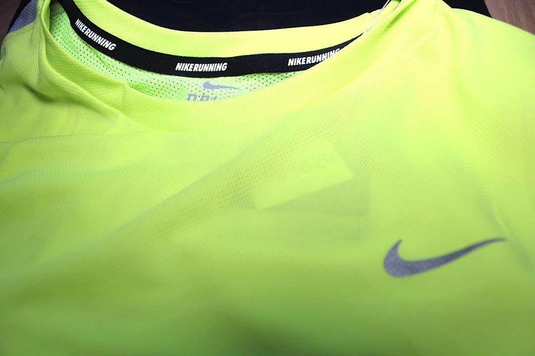 shirt nike running