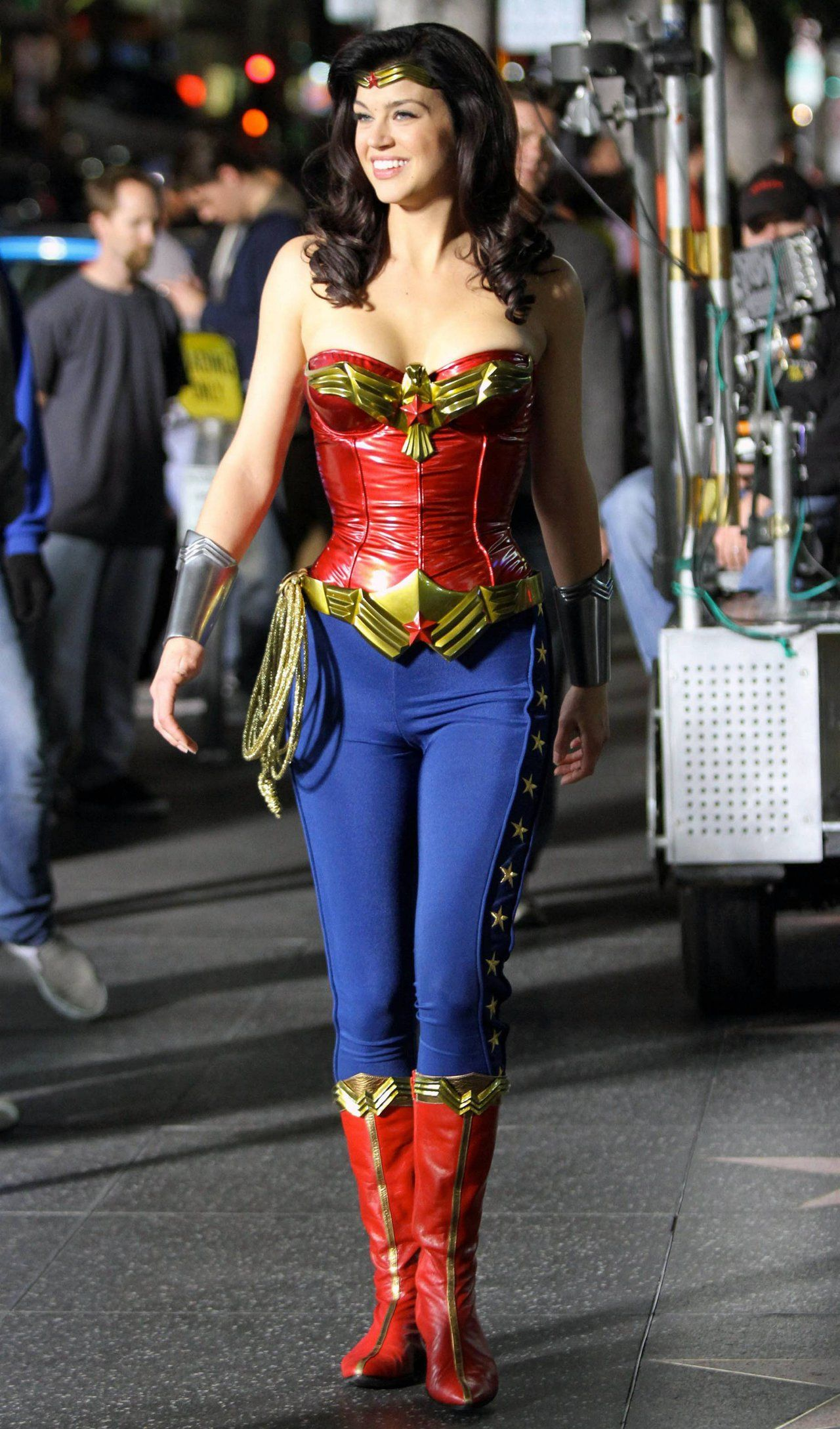 Adrianne palicki wonder woman costume