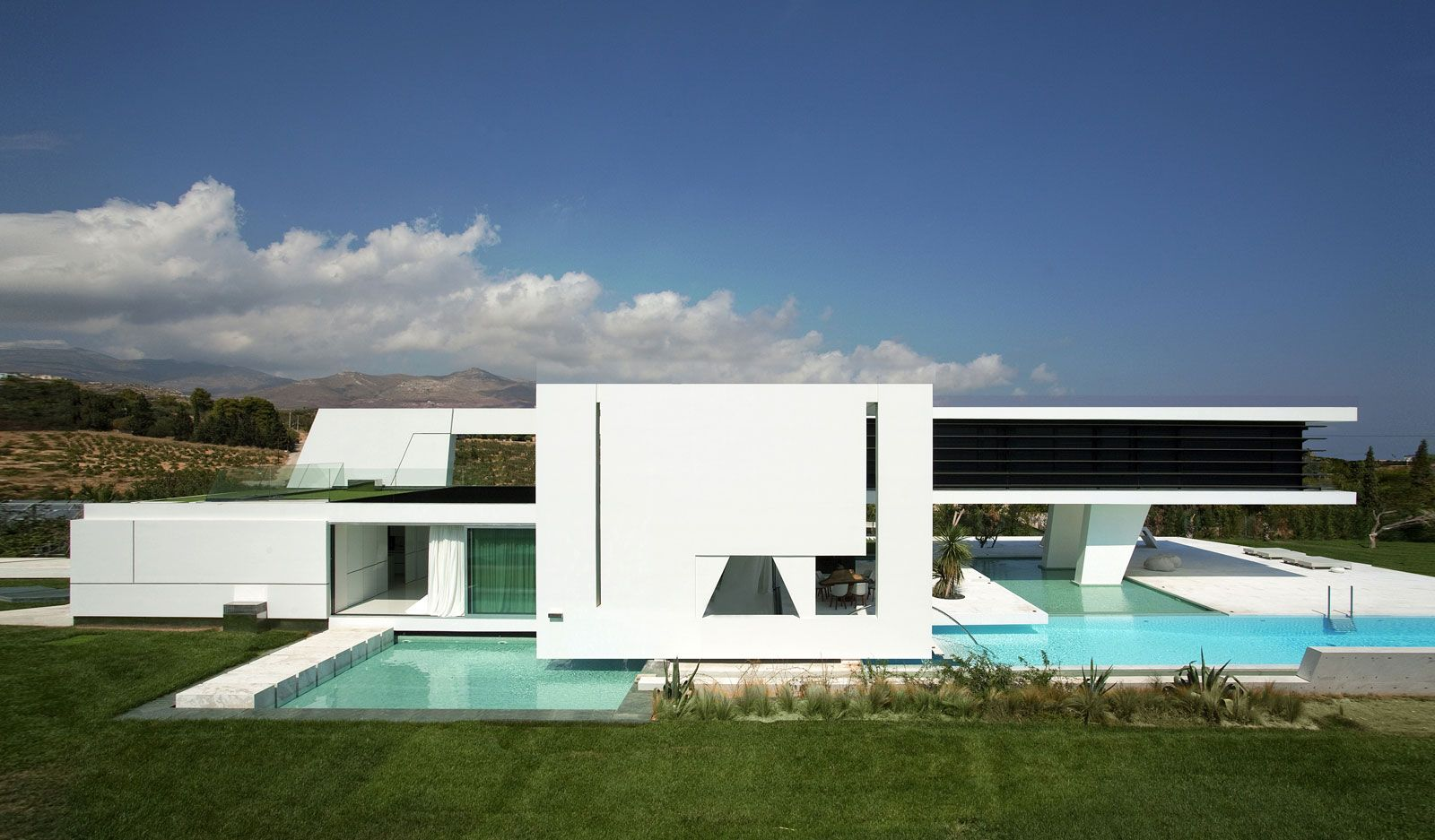House Of The Future 12 Ultra Modern Home Designs Modern House