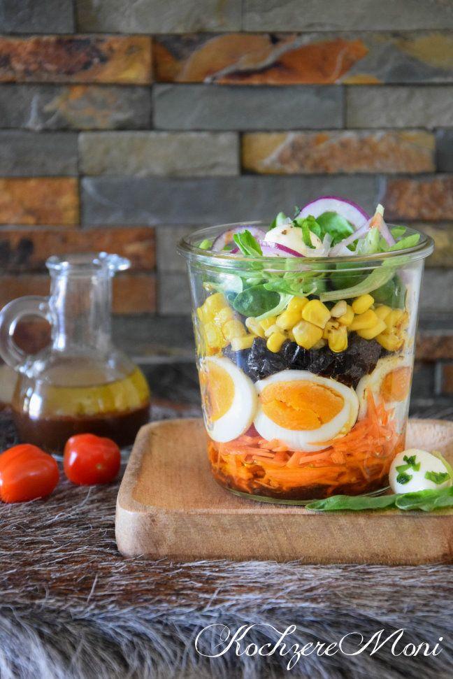 salat im glas feldsalat mit pflaumendressing salatmix b roessen essen im b ro essen auf der. Black Bedroom Furniture Sets. Home Design Ideas