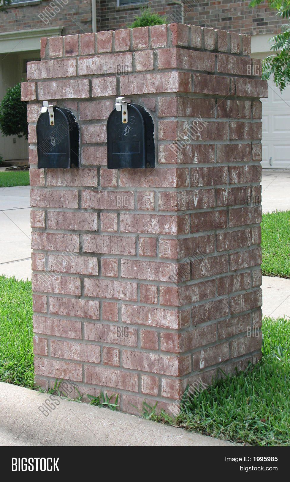 Stock Photo By Nanzell Mailbox Design Brick Mailbox Mailbox Landscaping